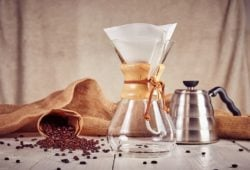 Third wave coffee chemex Glas und drip kettle