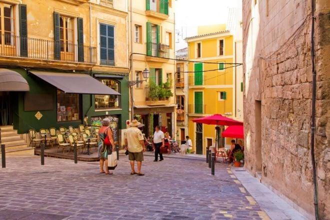 spanische-Gasse-cafes