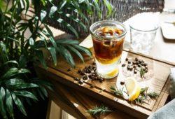 Espresso Tonic ist Kaffee mit Tonic