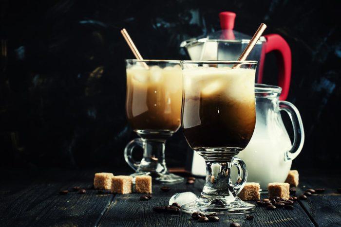 cold brew kaffee coktails mit sahne