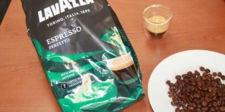 lavazza espresso perfetto Kaffeeverpackung Kaffeebohnen Kaffeeglas