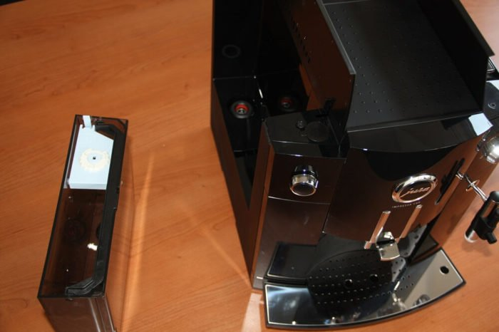 Jura Impressa C60 Vollautomat von oben Wassertank