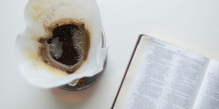 Chemex-Karaffe-Filter-Kaffeemehl-Dosierung
