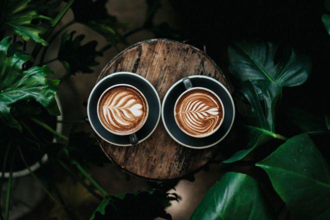Zwei Cappuccino