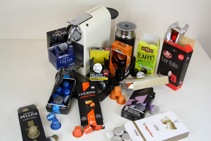 Kaffeekapseln Packungen geöffnet