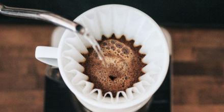 Filterkaffee kochen mit dem Papierfilter