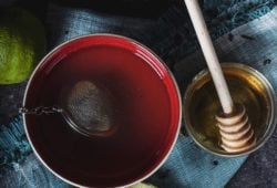 Schwarzer Tee für Chai Latte