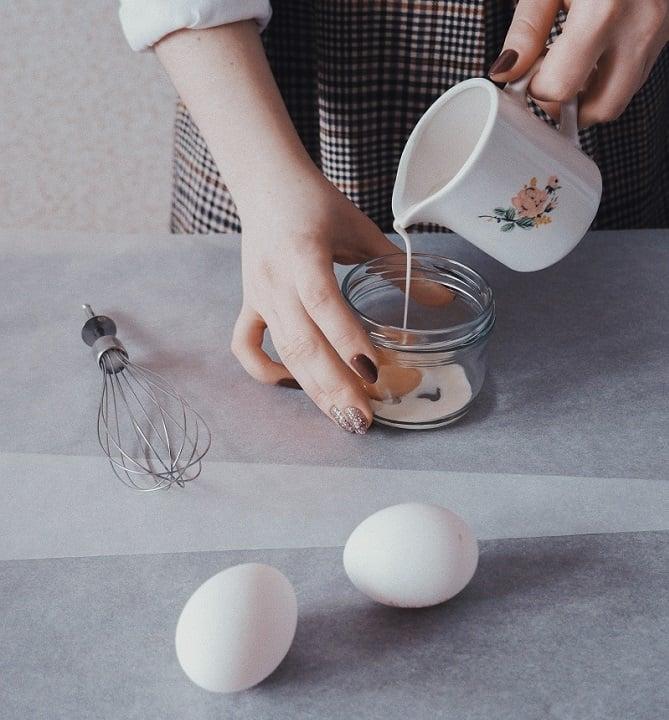 Zubereitung_vietnamesischer_Eierkaffee