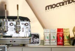 Produkte und Kaffeemaschine von Mocambo