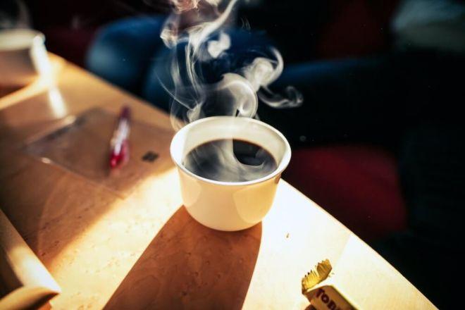 Dampfende Tasse Kaffee